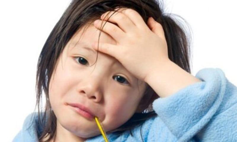 5 bệnh trẻ em thường gặp vào mùa hè