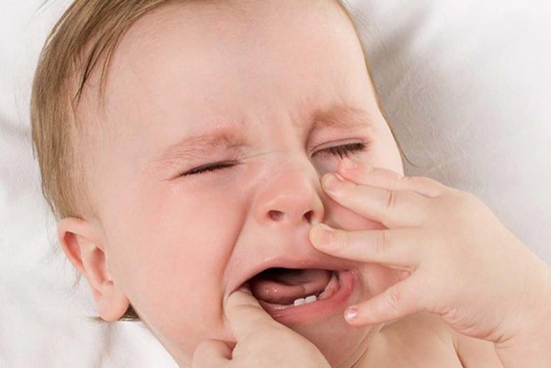 Khi nào trẻ bắt đầu mọc răng?